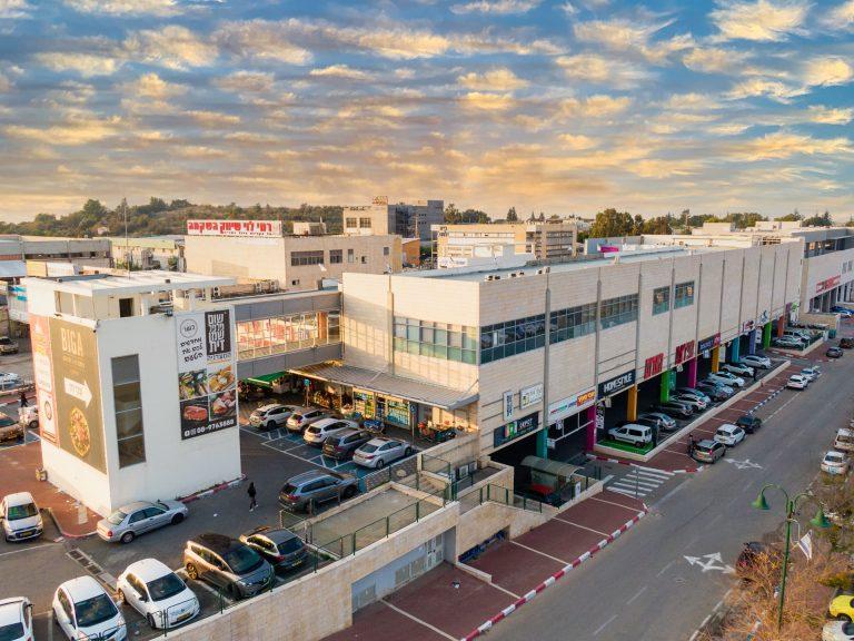 צילום אווירי של בית מגה אור א.ת. שילת
